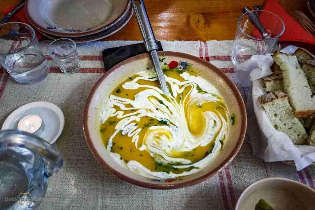 Romanian food: sour soup