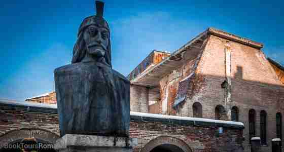 Vlad Dracula statue in Bucharest